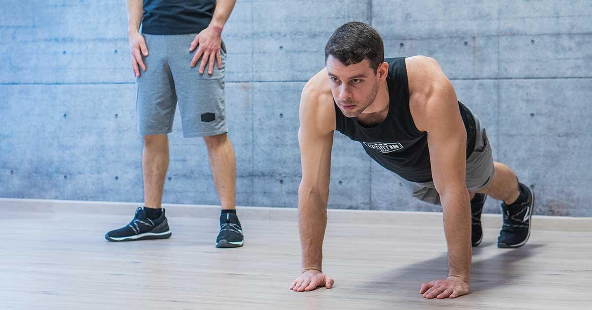 Otthoni edzés, fekvőtámasz pozíció